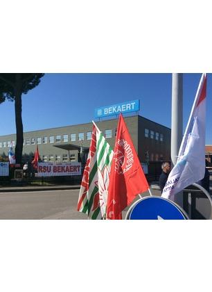 Rinviato l'incontro con Rossi alla Bekaert. Il tavolo in Regione riprende il 3 settembre