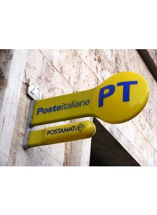 Questione Poste: manifestazione contro la chiusura degli uffici. I sindaci protestano