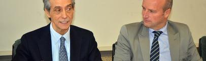 Consiglio comunale aperto sulla sanità. Presente il direttore generale dell'Asl8 Enrico Desideri