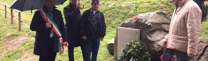 """Al rinnovato Parco delle Lastre il ricordo delle vittime dell'alluvione. Il sindaco: """"Questa tragedia non cada nel dimenticatoio"""""""